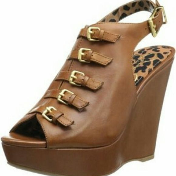 Camel wedge Jessica Simpson wedge worn once Jessica Simpson Shoes Wedges