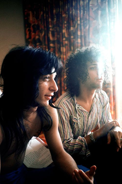 Johnny Thunders & Sylvain Sylvain of The New York Dolls – 1973 Photos taken by Andrew Kent