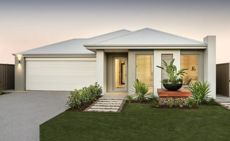 Striking elevation with feature tiling, rendered façade and Colourbond roof