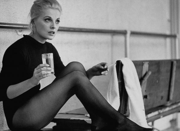 Bittersweet Vogue: Virna Lisa