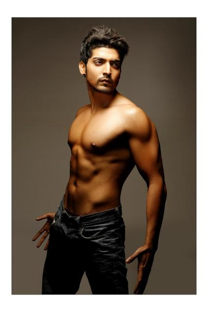 Gurmeet Choudhary <3 Ahhhhhhhhhh toooo much hotness in 1 place!!