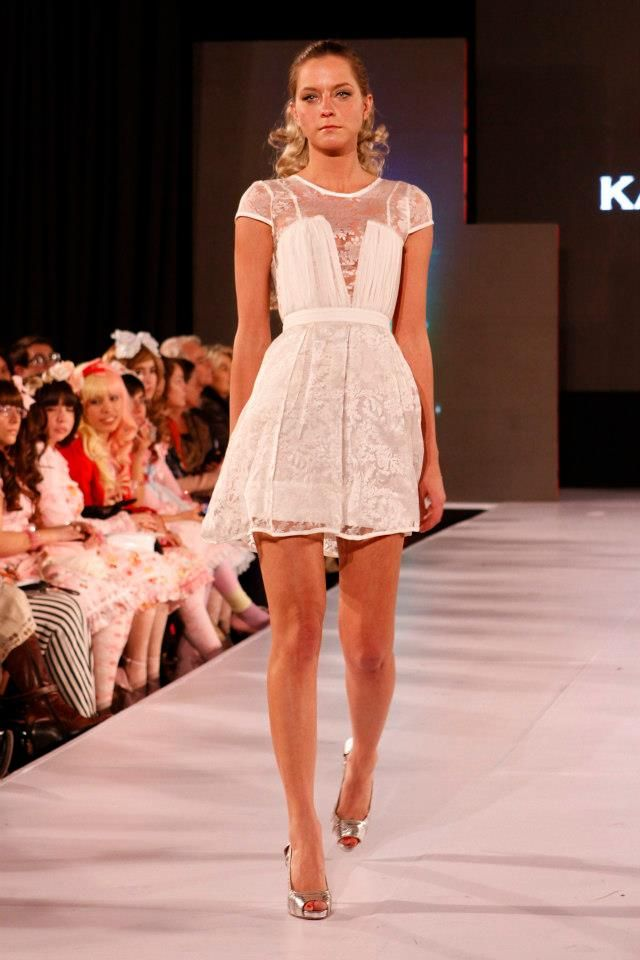 """Karyn Coo y su última colección: """"Wonderland"""".... cada vez me gusta más"""