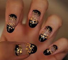 Imagini pentru unghii negre