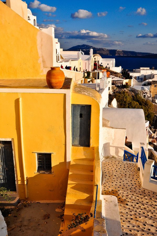 Santorini/Fira/Oia (from #luisdehoyos at www.500px.com/dhclicks )