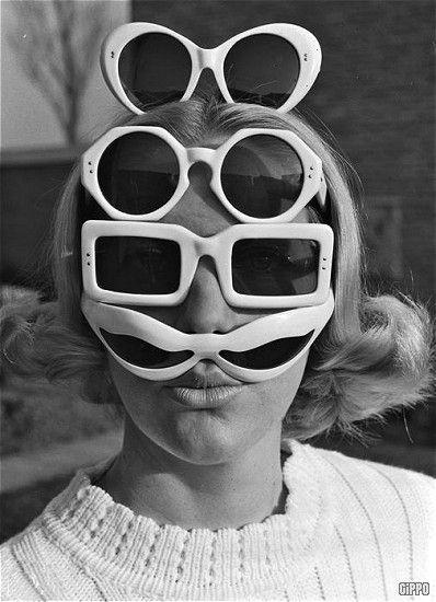 Sunglasses fashion years sixties & seventies - Occhiali da sole e personaggi degli anni 60 70