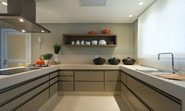 Bancadas de cozinhas modernas com tábuas, escorredor, cuba dupla - veja ideias e cozinhas lindas!