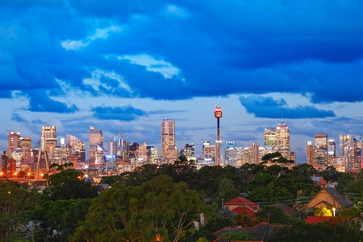 Luxurious Townhouse, Panoramic Views, Centrepoint tower, city, Sydney CBD, dusk photography, Pilcher Residential