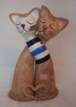 kočka - keramický engobovaný a glazovaný střep, výška cca 20cm