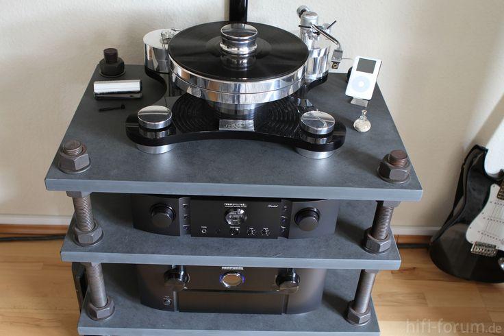 the 25 best hifi rack ideas on pinterest audio rack lautsprecher regale and stereo schrank. Black Bedroom Furniture Sets. Home Design Ideas
