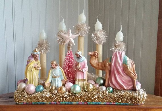 WE THREE KINGS Vintage Christmas Decorated Candolier