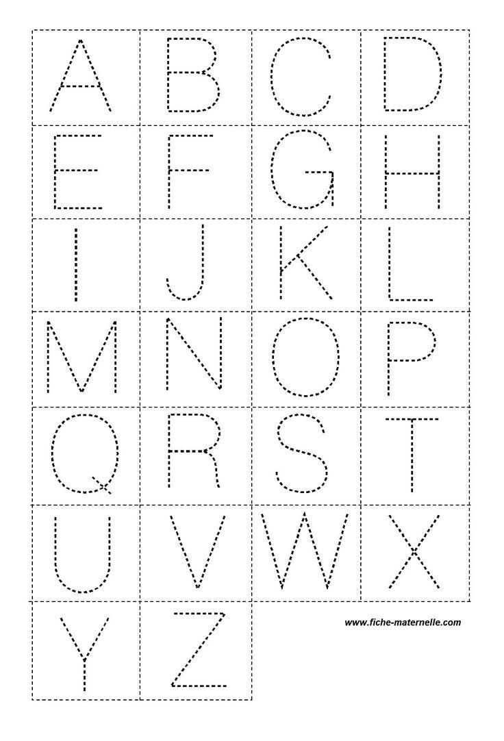Lettres en pointillé pour la classe