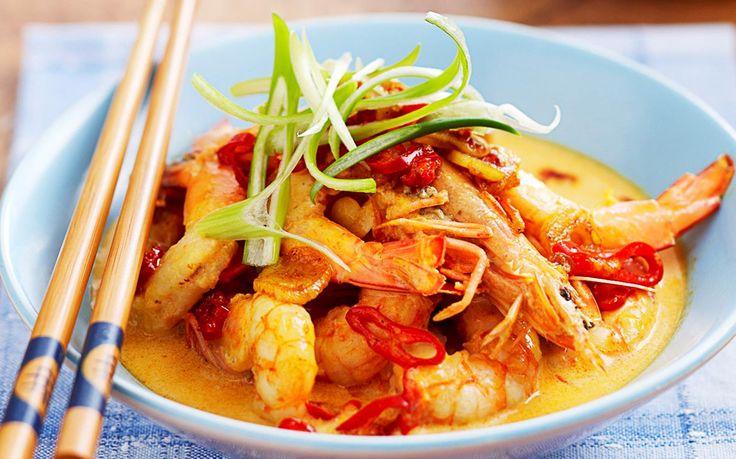 Creamy garlic and chilli prawns