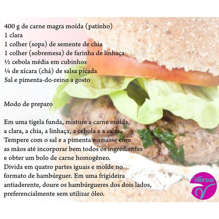 Hoje é o dia mundial do hamburguer, que nem sempre ele é considerado um alimento saudável, mas os problemas acabaram! Com essa receita você pode saborear um delicioso hamburguer só que menos calórico, e que leva alimentos funcionais, como a chia e linhaça, que ajudam a emagrecer!  Para acompanhar use pão integral, cream cheese light, alface e tomate  #Hamburger #Light #VitoriosaLingerie #Modaintima