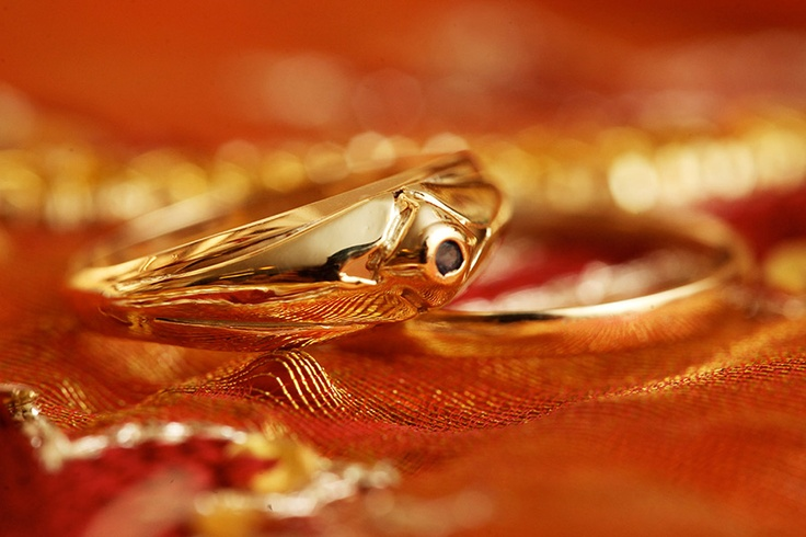 Engagement Ring & Wedding Rings Traditional Cultural