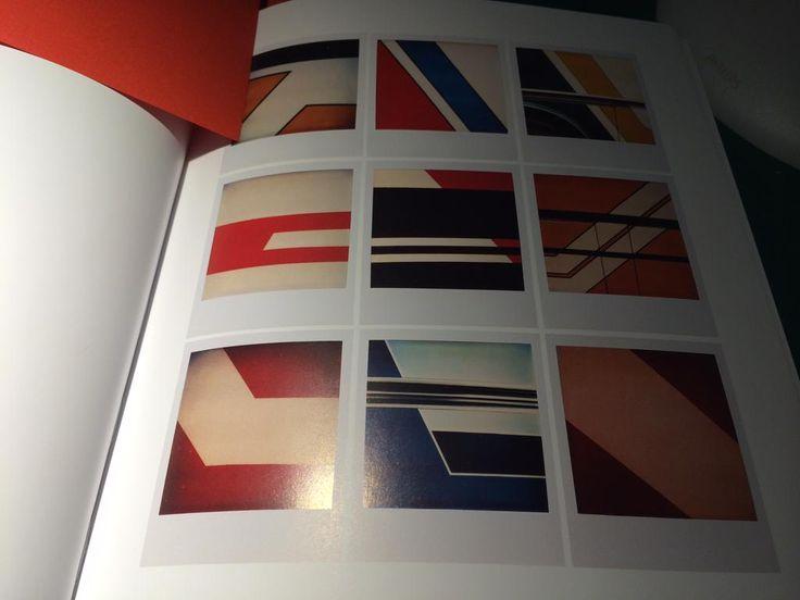 Scatti fotografici-grafici di Bruno Bourel tratti dal libro The Polaroid Book edito da Taschen. Un gradito regalo.