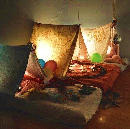 Her i ferien er der sikkert mange, som skal sove i telt. Enten i forbindelse med ferie eller blot en overnatning med ungerne i haven. Det danske vejr kan drille, så hvis man nu har lovet ungerne at…