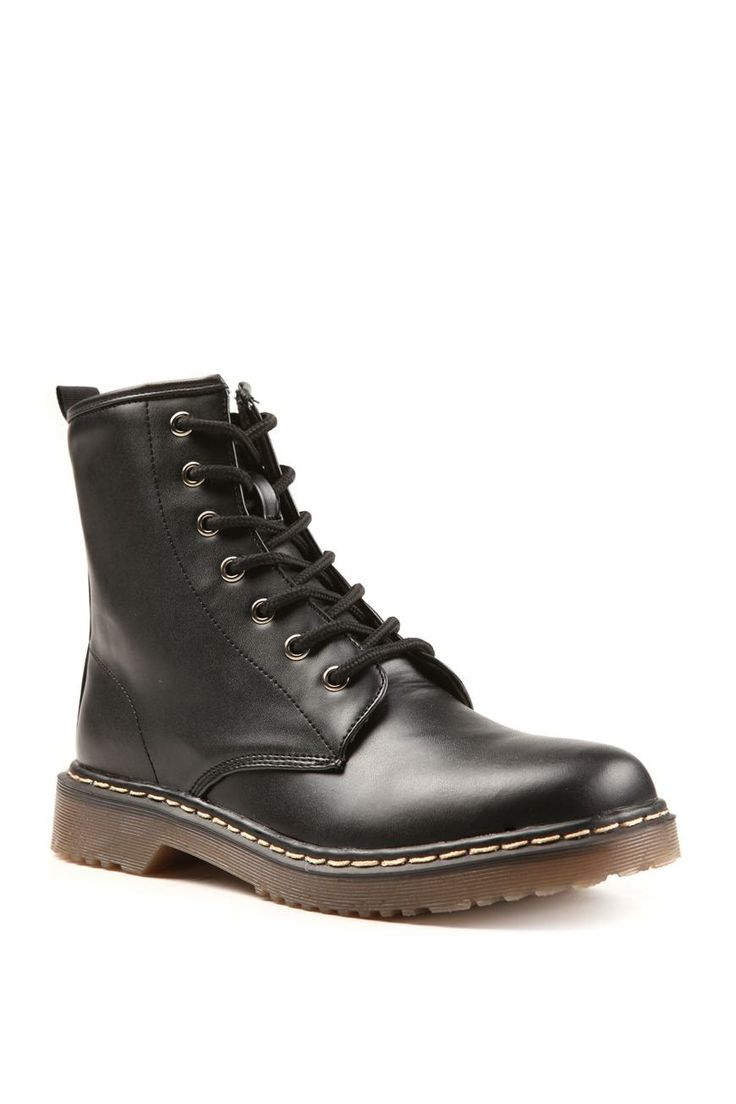 Black boots from Rubi Shoes @Westfield New Zealand #floralgrunge
