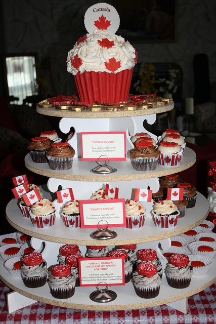 Amia's pin:) Canadian Cupcake Tower, Canada Day 2012 by sugartreebakeshoppe, via Flickr