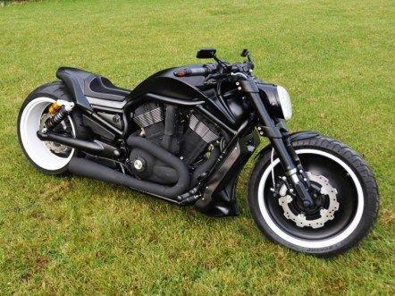 V Road Muscle Harley Davidson 00267