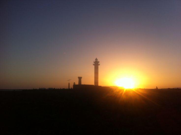Am morgen beim Leuchtturm