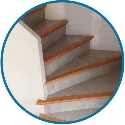L escalier b ton carrel est un escalier fini avec nez de for Fabrication escalier beton interieur