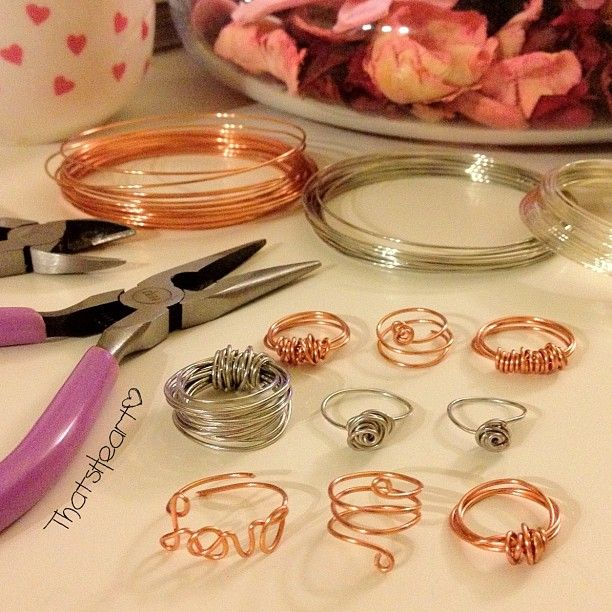 D.I.Y wire rings -- why hello, perfect (and cheap!) present idea. diy