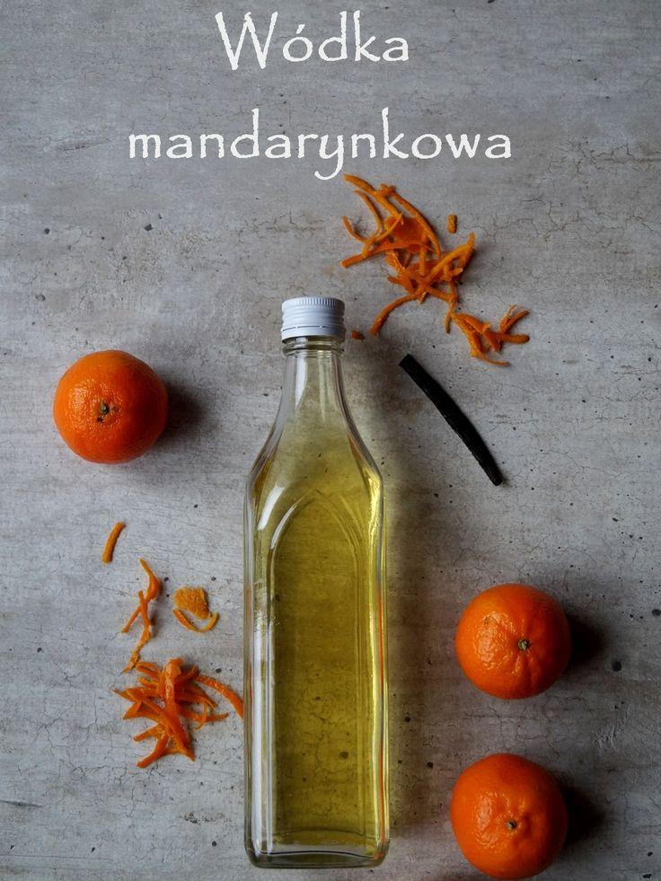 Szybka i łatwa do zrobienia wódka mandarynkowa.