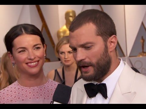 amelia warner and jamie dornan interview at oscars 2017 - YouTube