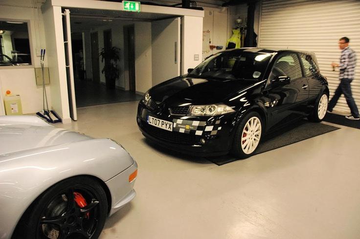 renault megane r26 white wheels project cars pinterest wheels. Black Bedroom Furniture Sets. Home Design Ideas