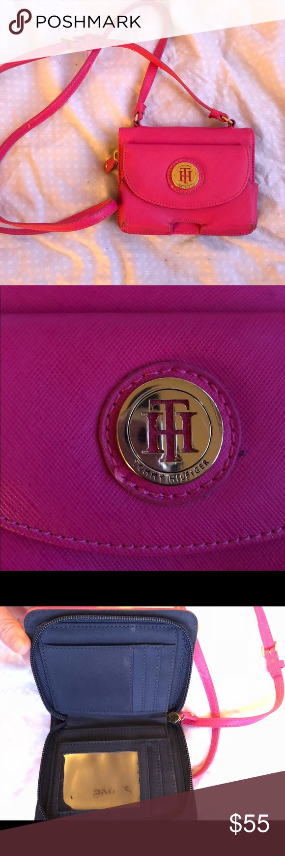Tommy Hilfiger pink clutch bag Tommy Hilfiger pink clutch bag. In great condition and has fold-over for credit cards and cash Tommy Hilfiger Bags Mini Bags