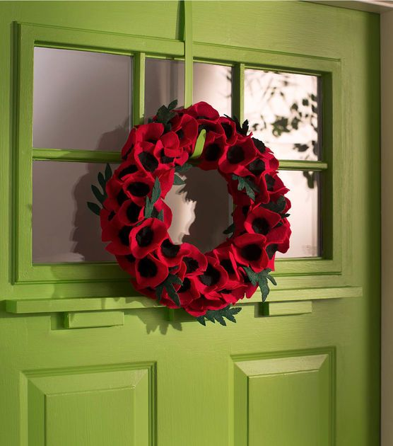 How to Make a Veteran's Day Poppy Wreath