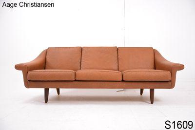 1000 Ideas About Tan Sofa On Pinterest Scandinavian