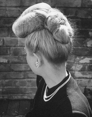 40s hairstyle