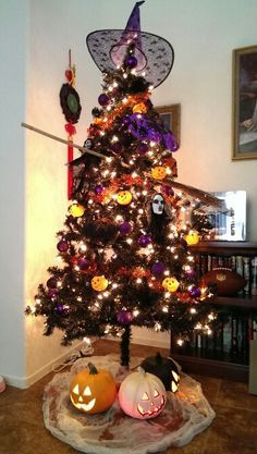 halloween christmas tree , my girls want to do this so bad! Just need to
