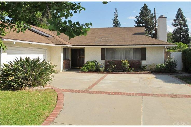 16323 Kingsbury St, Granada Hills, CA 91344