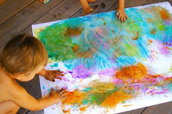 Wat kun je met de kras- of vingerverfkunst van je kind doen? Hier een site die overloopt van de ideeën! #ekkomi #kindercoach http://www.pinterest.com/ekkomikndrcch/