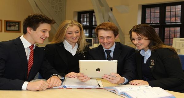 one of best private boarding schools in UK: http://best-boarding-schools.net/school/felsted-school@-felsted,-essex,-uk-455