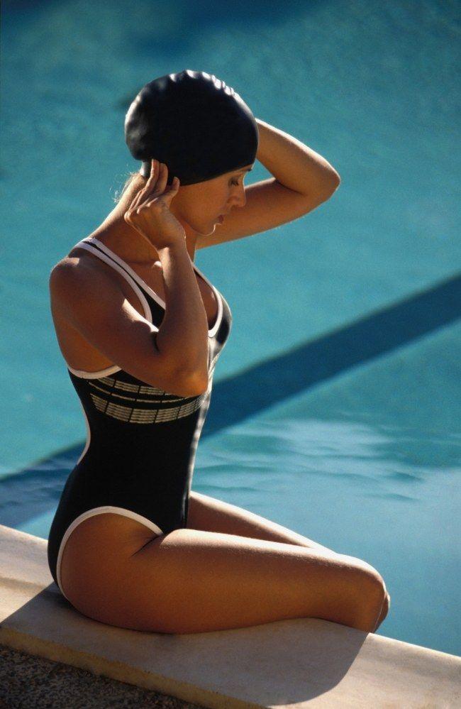 La natation tonifie, affine la silhouette, relaxe etc... Découvrez pourquoi la natation a tout bon !
