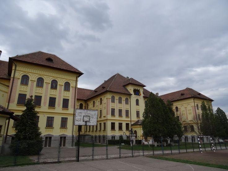 """Liceul de Fete """"Sfânta Ecaterina"""" din Blaj/ Colegiul Ion Inochentie Micu-Klein Blaj"""