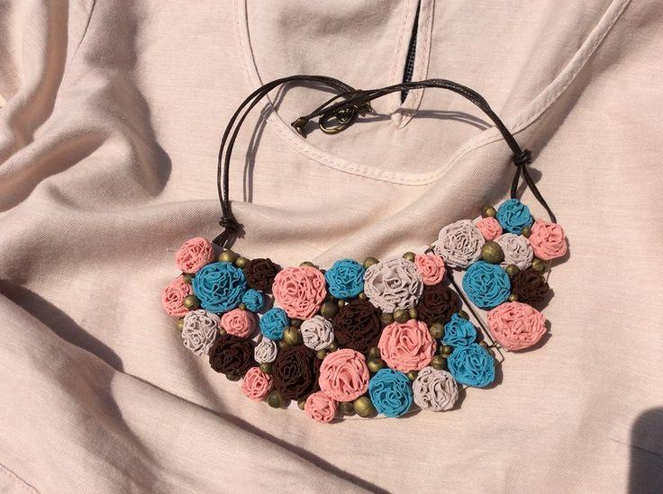 Alena Vallendor - náhrdelník z polymerové hmoty podle workshopu Hany Auterské