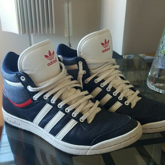 Adidas Sleek Series Sneakers Shoes Super cool Adidas!! Very good condition. Navy blue leather and blue and white upper fabric. Red piping along the center rims. Adidas Shoes Sneakers