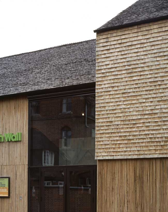 nowoczesna-STODOLA-The-North-Wall-Haworth-Tompkins-Architects-16