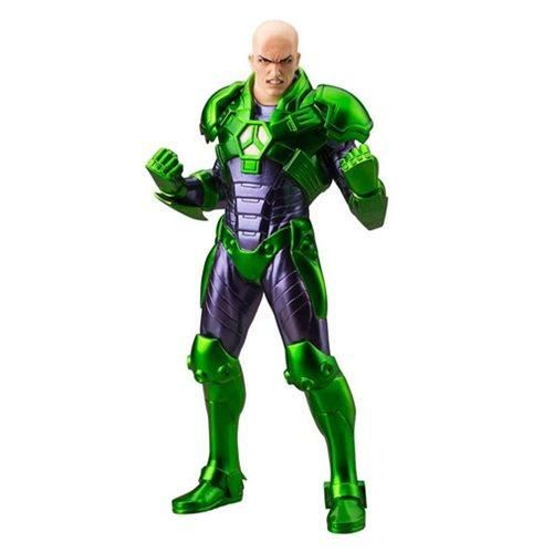 O Lex Luthor από την σειρά Artfx+ της Kotobukiya  http://www.efantasy.gr/el/product/80492/dc-comics-new-52-artfx-series-lex-luthor-statue