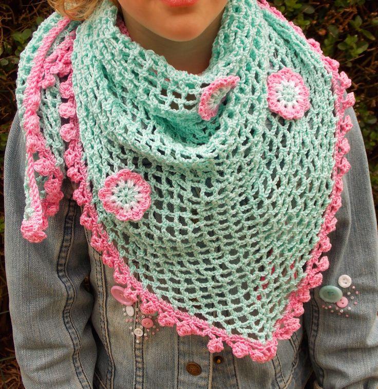 Renate's haken en zo: Kleine omslagdoek / sjaal