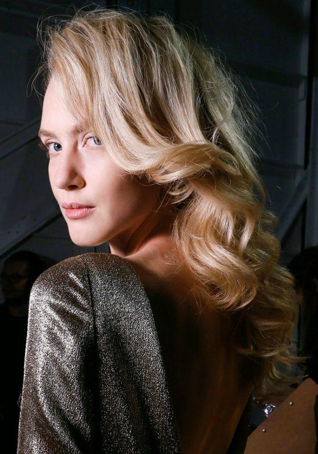 cheveux denses
