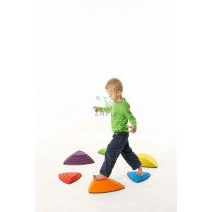 Kamienie rzeczne - świetna pomoc w ćwiczeniach równowagi i koordynacji ruchowej