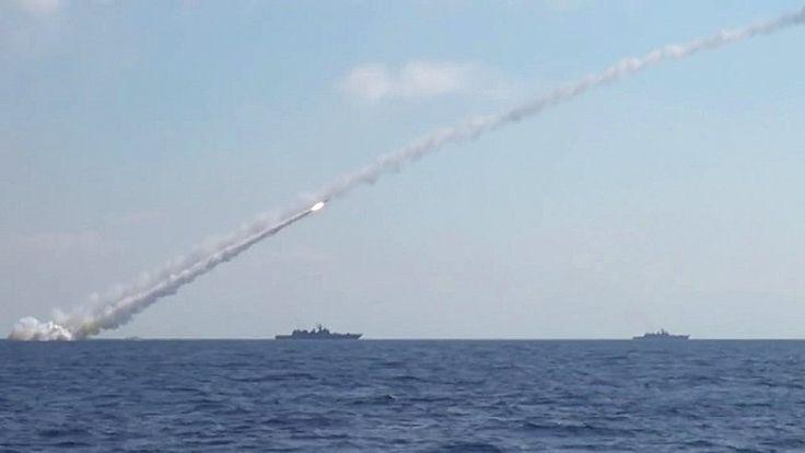 Сирия сегодня: ВВС США ищут российские «Калибры», от Катара требуют порвать с Ираном и «Хезболлой» https://riafan.ru/836810-siriya-segodnya-vvs-ssha-ishchut-rossiiskie-kalibry-ot-katara-trebuyut-porvat-s-iranom-i-hezbolloi