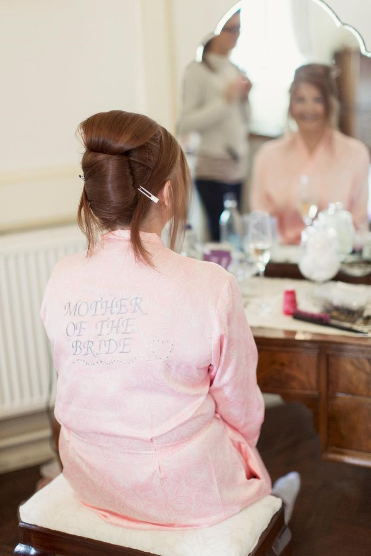Mother of the bride getting ready x