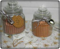 Zwei tolle Geschenkideen die man auf alle Fälle selber machen sollte: Winter-Cappuccino & Weihnachts-Kakao. Schnell gemixt und soooo herrlich schokoladig.