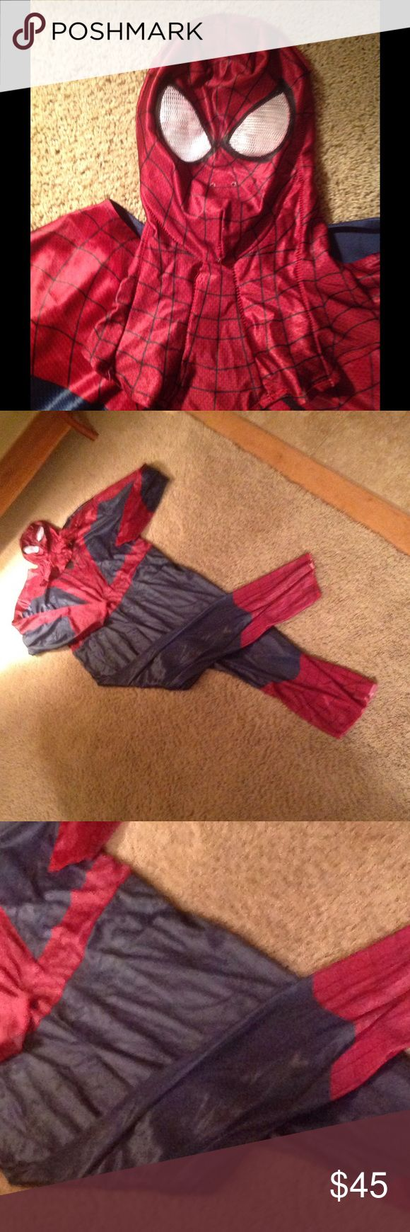 "🎃Men's Quality Spider-Man costume in EUC. Looks authentic in color of the modern day character. Not skin tight. 63"" from shoulder to end of pant. 26"" inseam, so it is a drop crotch. Chest 50"". Worn for a couple hours last year. Laundered and will come in original package. Ships same or next day. Spiderman Other"